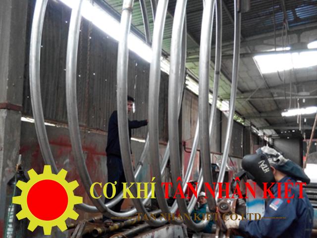 sản xuất gia công uốn ống
